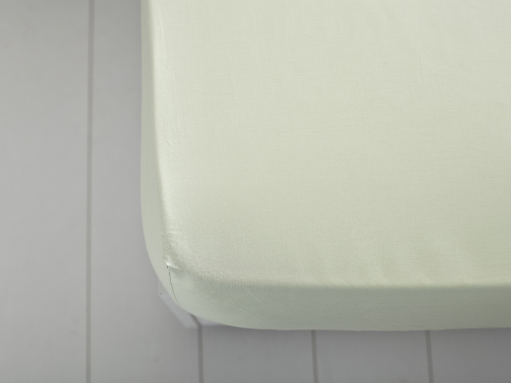 Plain Cotton Single Size Bed Sheet 160x240 Cm Green
