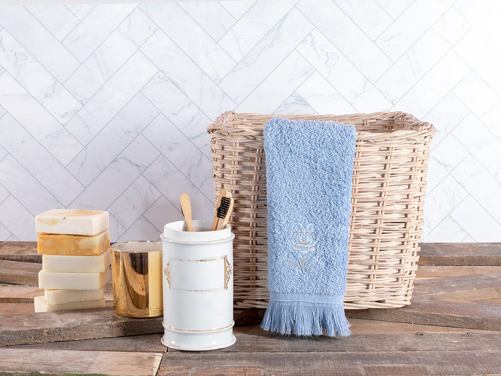 Urban Damask Embroidered Hand Towel 30x45 Cm Blue