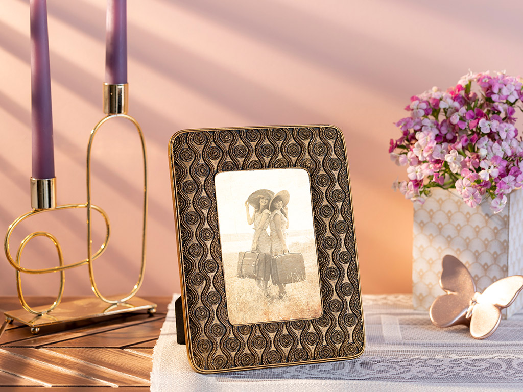 Golden Theraphy Frame 17,5x1,5x22 Cm Gold