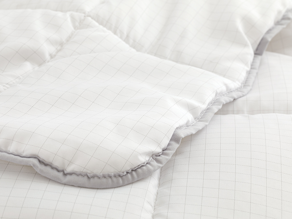 Free Antistress Quilt Double Size 195x215 Cm White