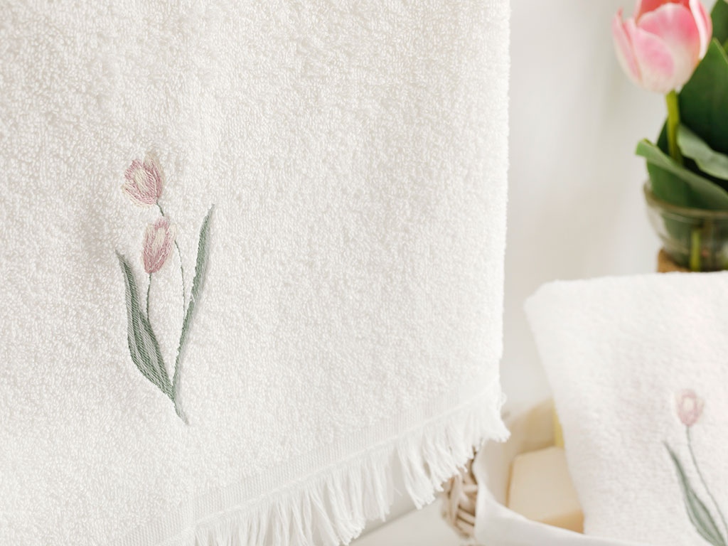 Tulip Garden Embroidered Face Towel 50x76 Cm Ecru