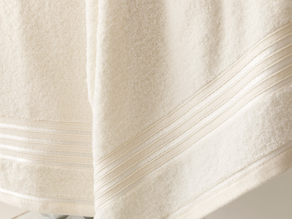 Romantic Stripe Flush Bath Towel Set 50x85 Cm - 70x150 Cm Ecru