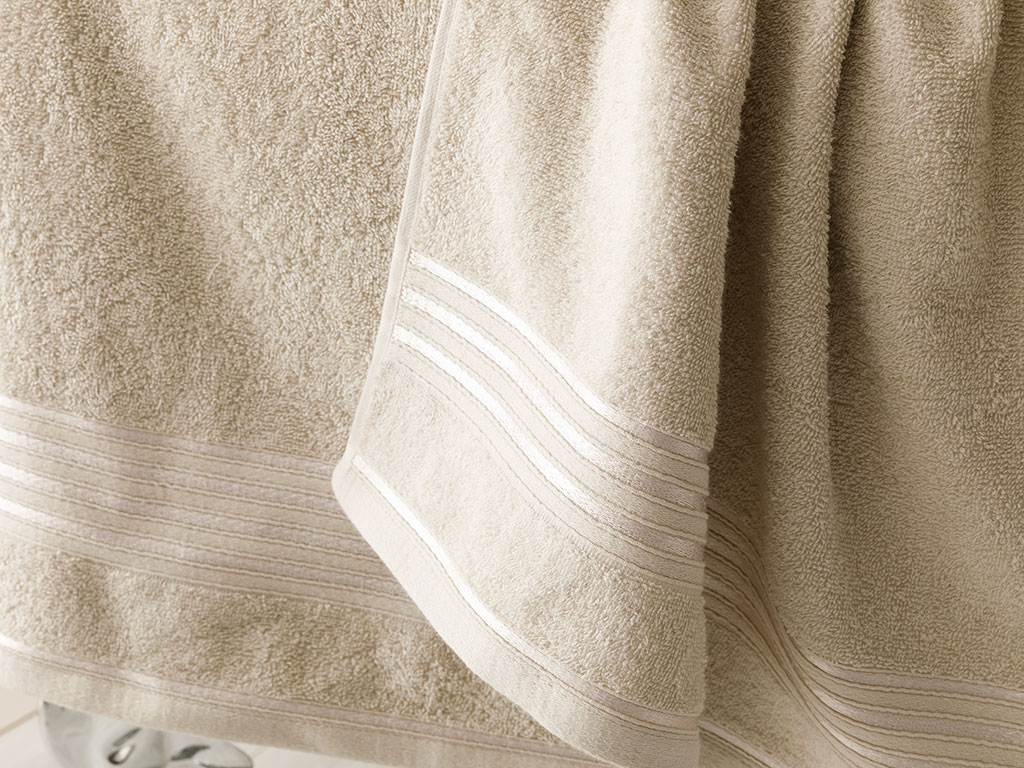 Romantic Stripe Bath Towel Set 50x85,70x150 Cm Light Gray