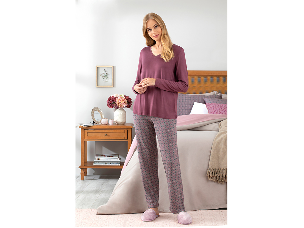 Retro Women's Pajamas Set M Damson