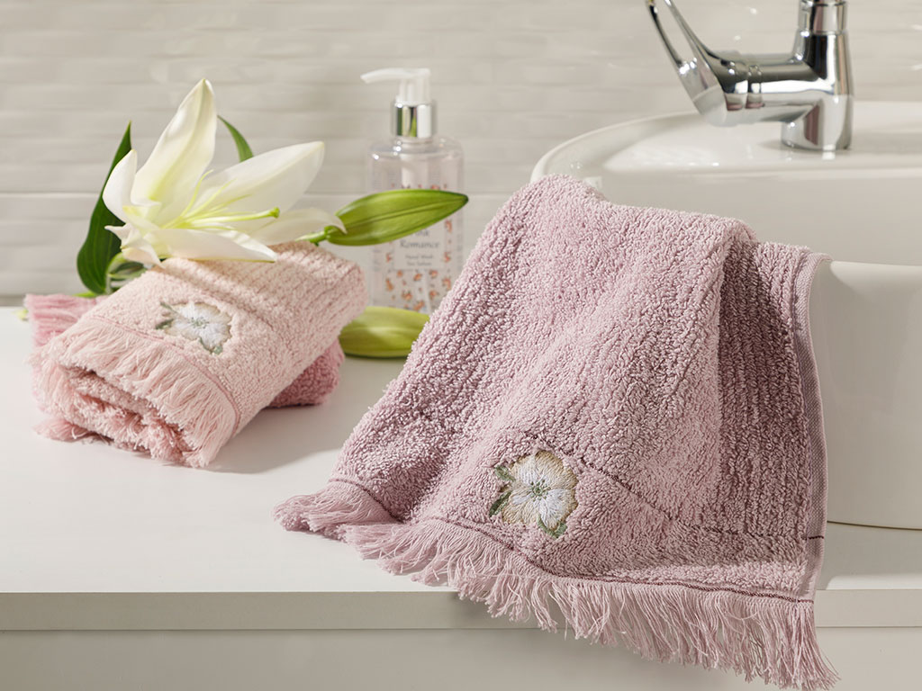 Wild Rose Embroidered Hand Towel 30x45 Cm Lilac