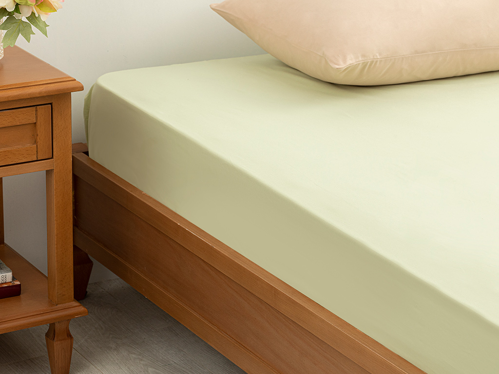 Plain 5 Cotton Double Size Fitted Bed Sheet 160x200 Cm Green