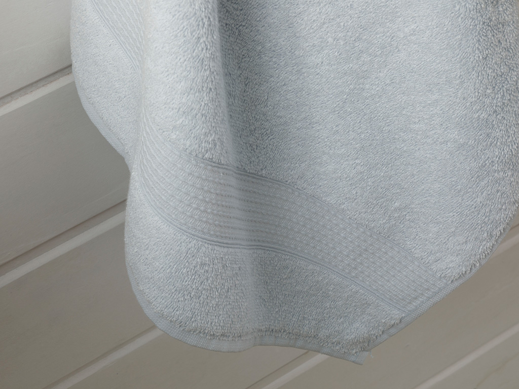 Pure Basic Bath Towel 70x140 Cm Blue