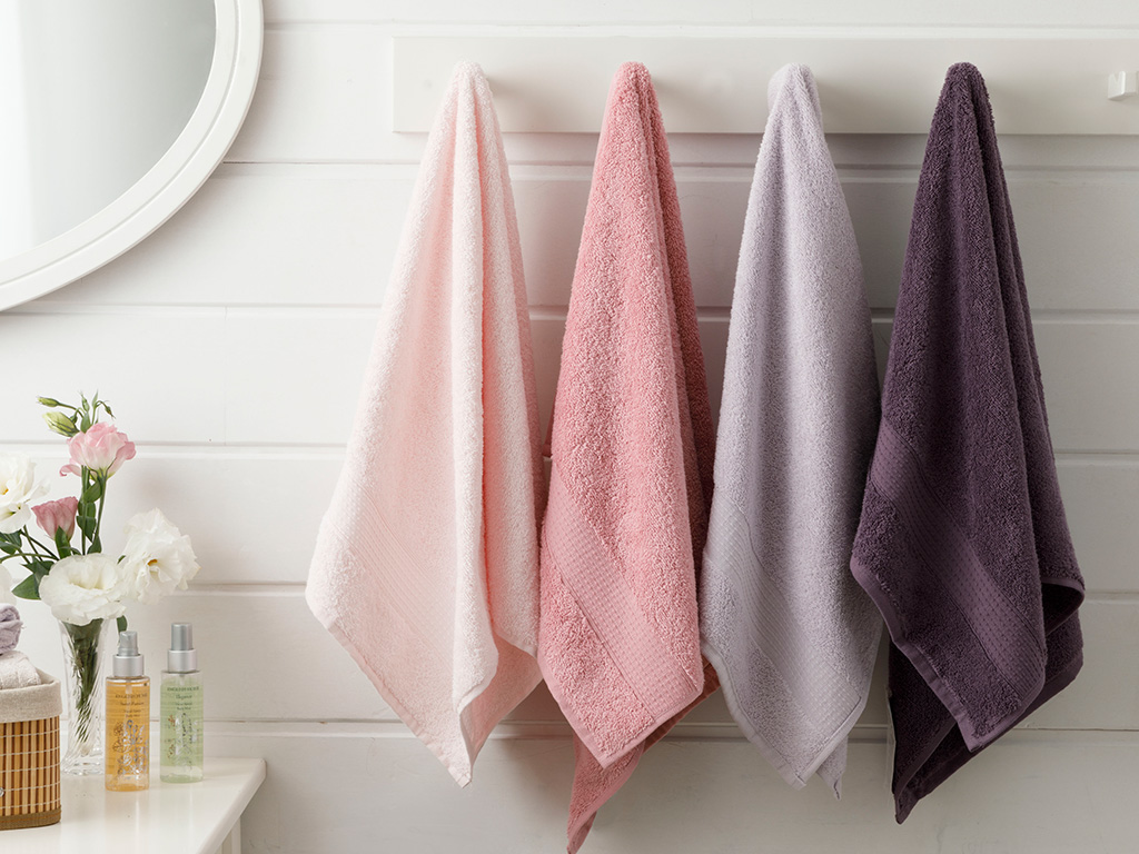 Pure Basic Face Towel 50x90 Cm Light Dusty Rose