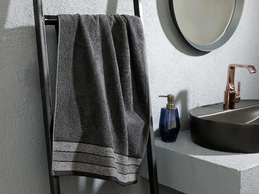 Banded Jacquard Face Towel 50x80 Cm