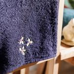 Poinsettia Embroidered Packaged Souvenir Towel 50x60 Cm Navy Blue