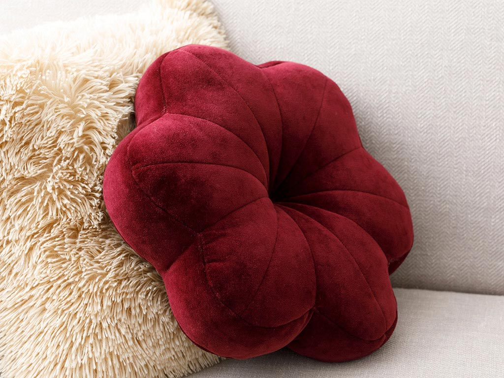 Bloom Velvet Throw Pillow 40x40 Cm Damson