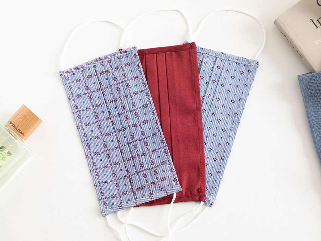 Soft Red Cotton Mask 9,5x18 Cm Light Red