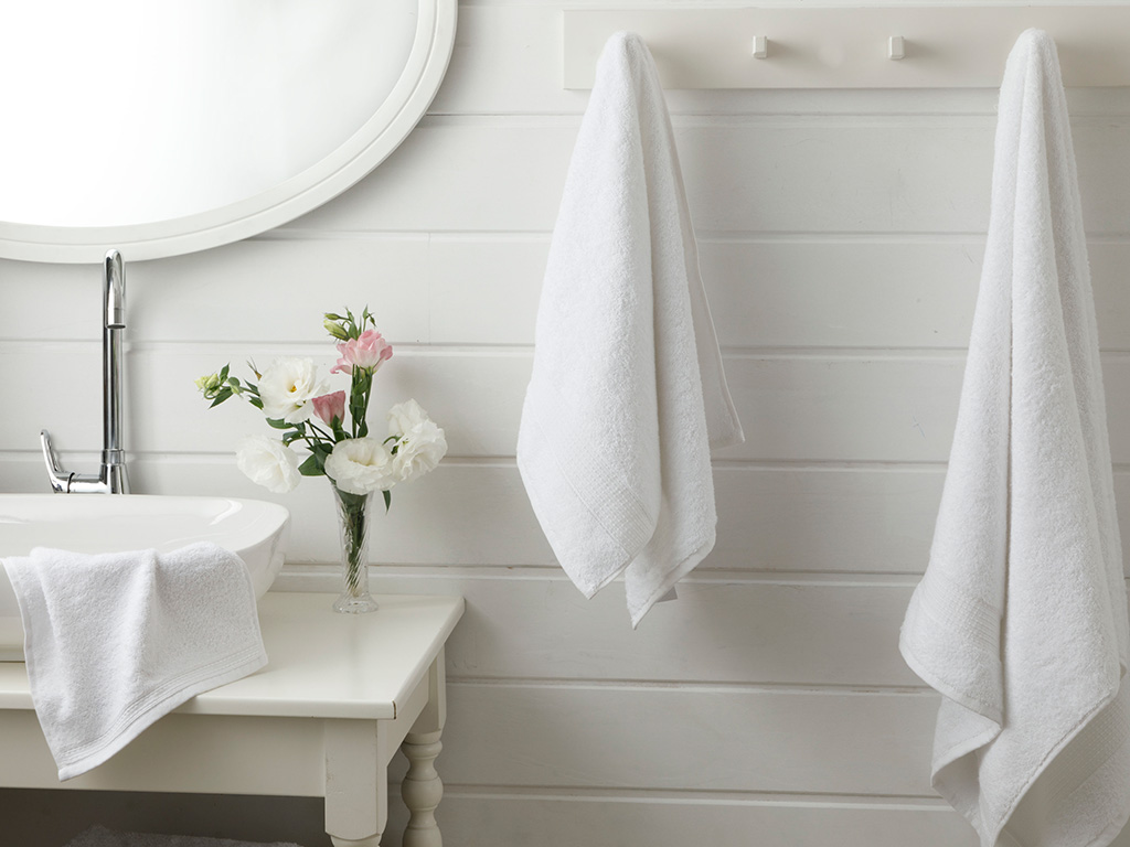Pure Basic Hand Towel 30x30 Cm White
