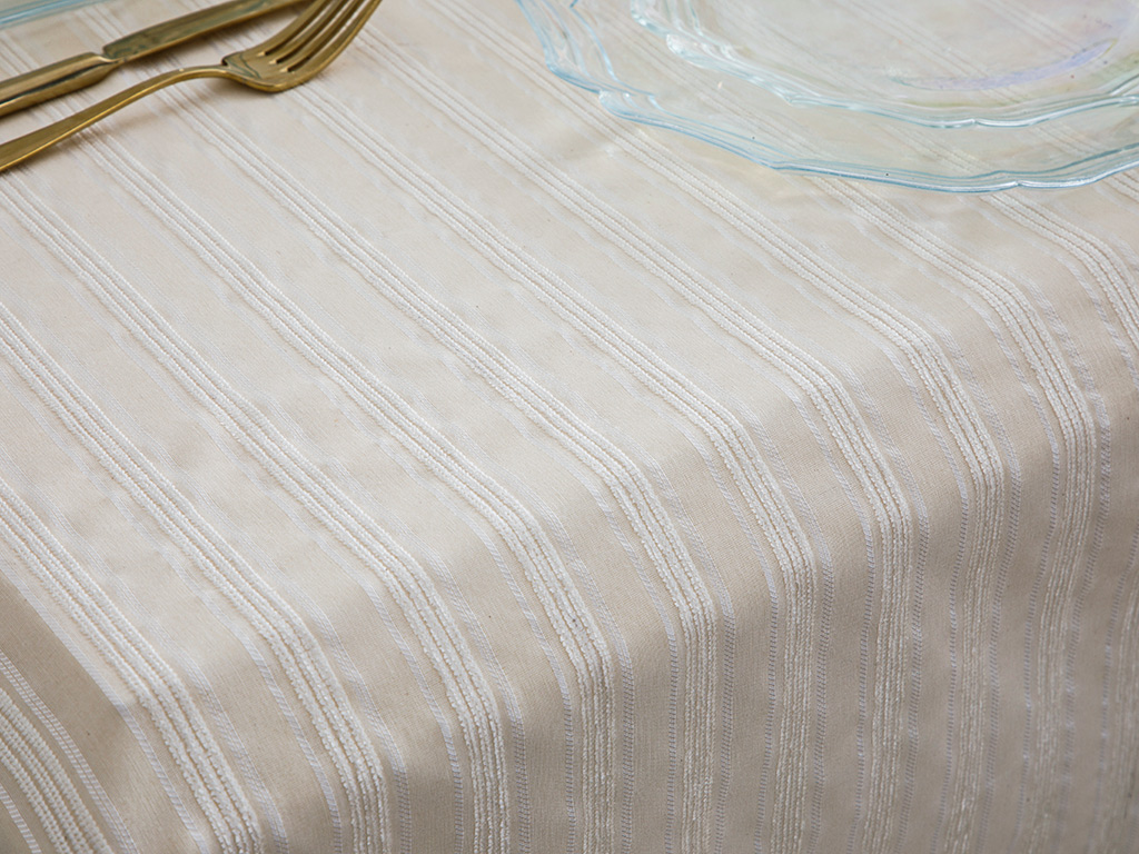 Belinda Cotton Polyester Table Cloth 150x200 Cm Beige