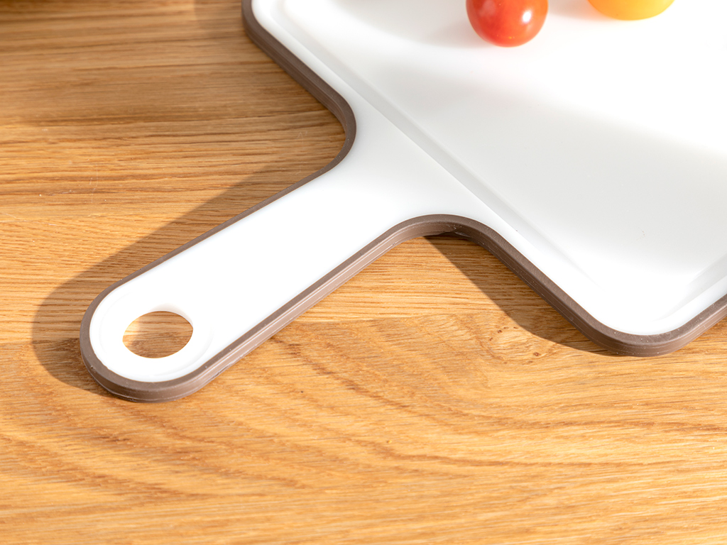 Basic Plastic With Handle Cuttıng Board 40 Cm Brown,